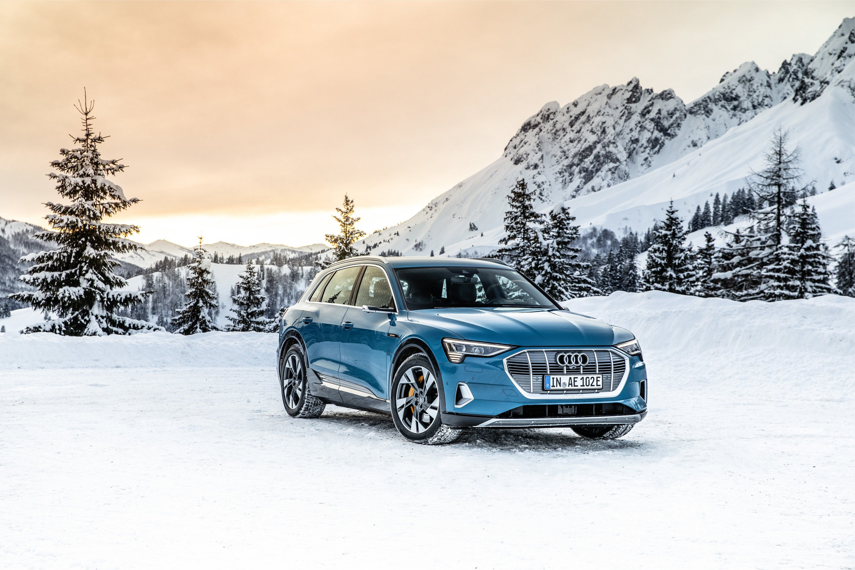 Lease a 2019 e-tron from $503 bi-weekly*